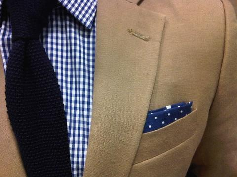 SolidTiePatternPocketSquare_large