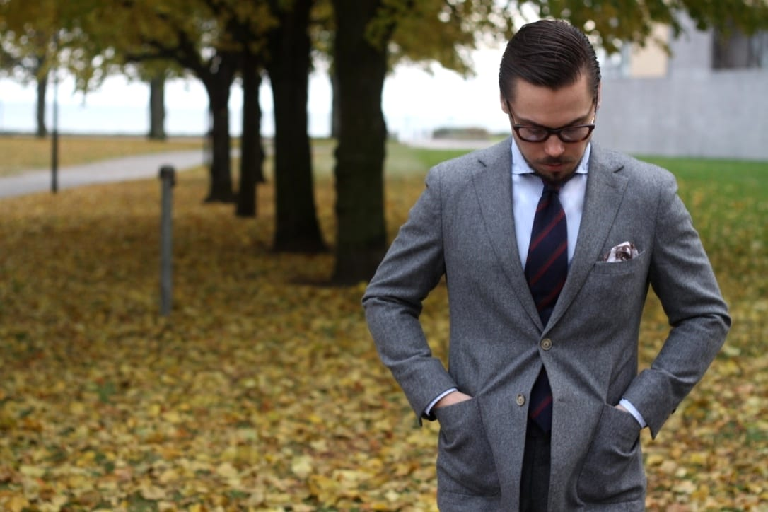 Mid-gray-flannel-wool-suit-for-fall-and-winter-1